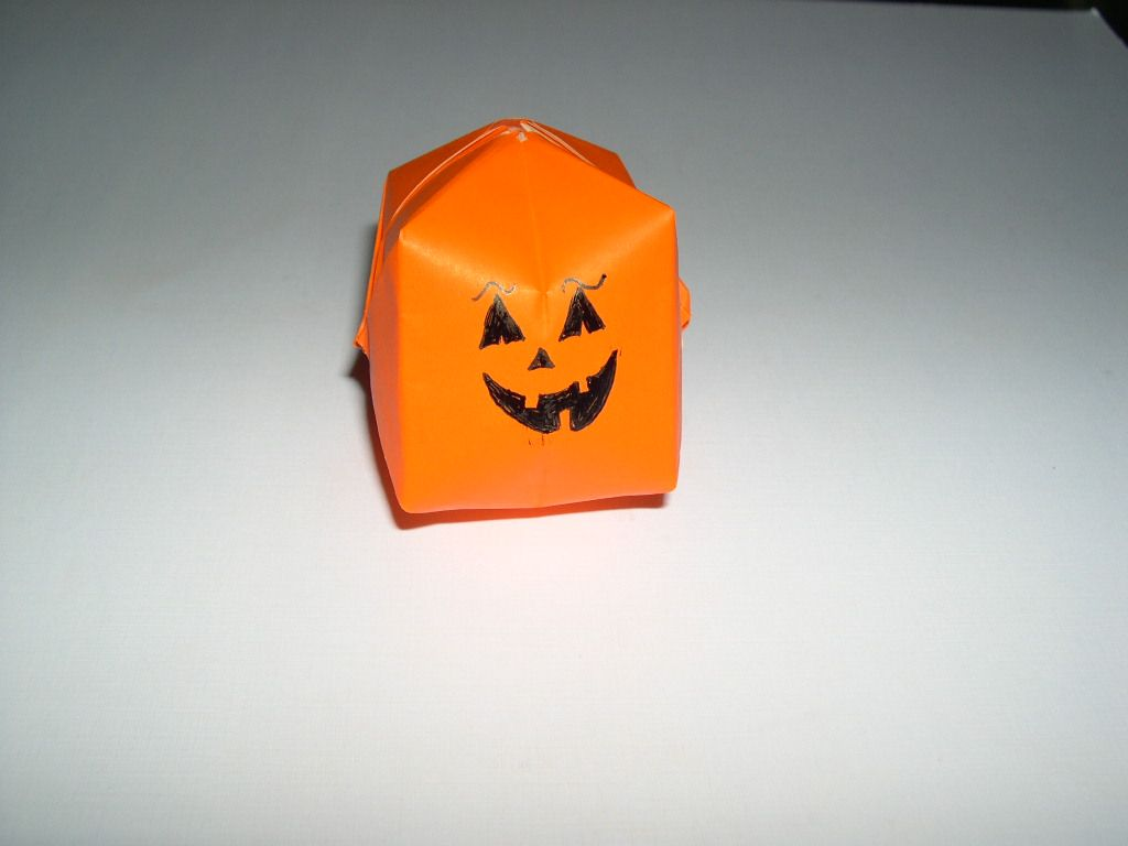 Origami Halloween Pumpkin Cq Origami Crafts Diy