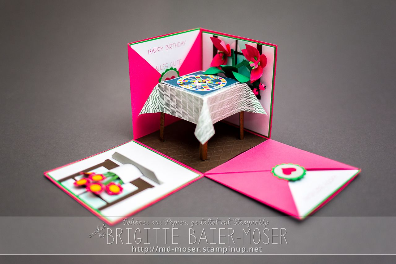 explosionsbox mit brettspiel boxen schachteln. Black Bedroom Furniture Sets. Home Design Ideas