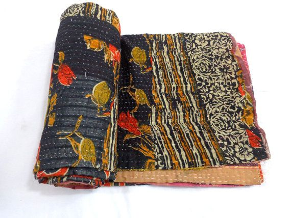 Handmade Bedspread Bedding Blanket Vintage Throw Kantha Quilt Antique Reversible Indian Quilted Fabric Rag Quilt 1624