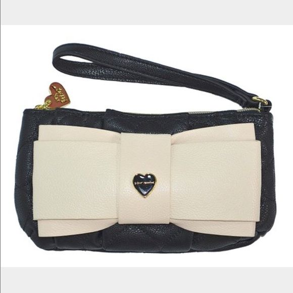 "HP! ""Be Mine"" Betsey Johnson Wristlet Used once! Like new condition. Has two inside pouch pockets and one zipper pocket. Black with quilted hearts and cream colored bow. Gold hardware. Betsey Johnson Bags Clutches & Wristlets"