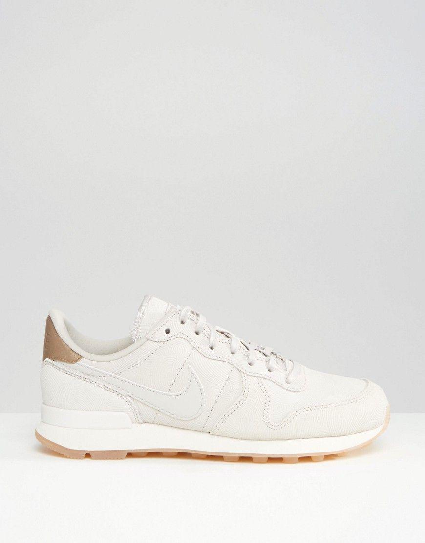 Image 2 of Nike White & Gold Internationalist Premium Trainers