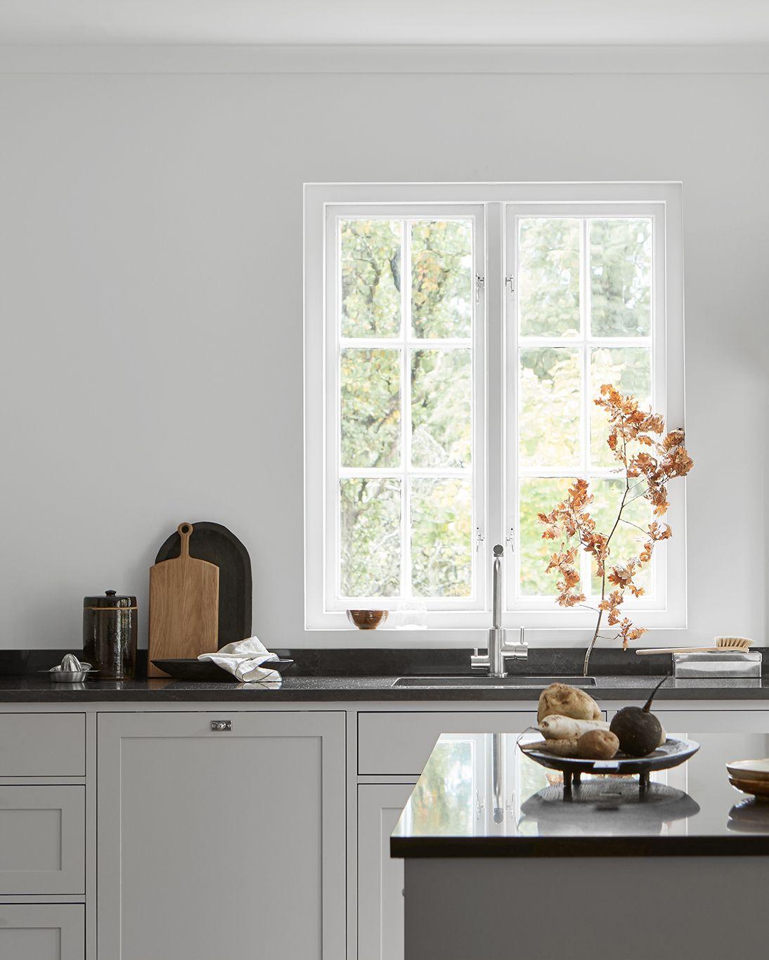 Pop out kitchen window  nordiska kök  grey scandinavian shaker kitchen a minimalist
