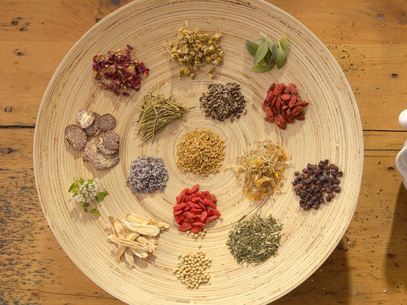 علاج الصفار عند الأطفال بالأعشاب موسوعة Decorative Plates Food Tableware