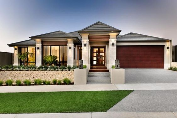 Image Result For Transitional West Coast Contemporary House Exterior Small House Exteriors Simple House Exterior Modern Bungalow House