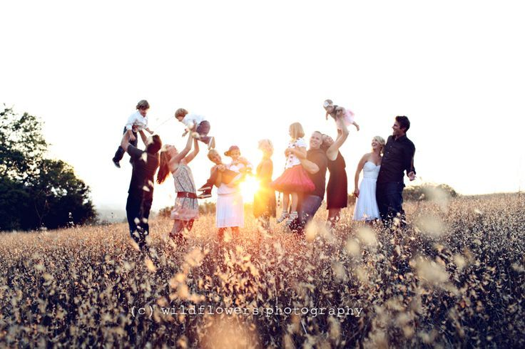 20 Tips for Making Family Pictures Easy - #Easy #family #Making #pictures #Tips #extendedfamilyphotography