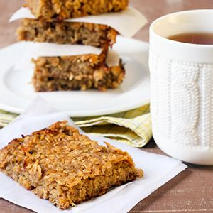 oatmeal bars with dried fruit and almond butter from Arrowhead Mills Flour
