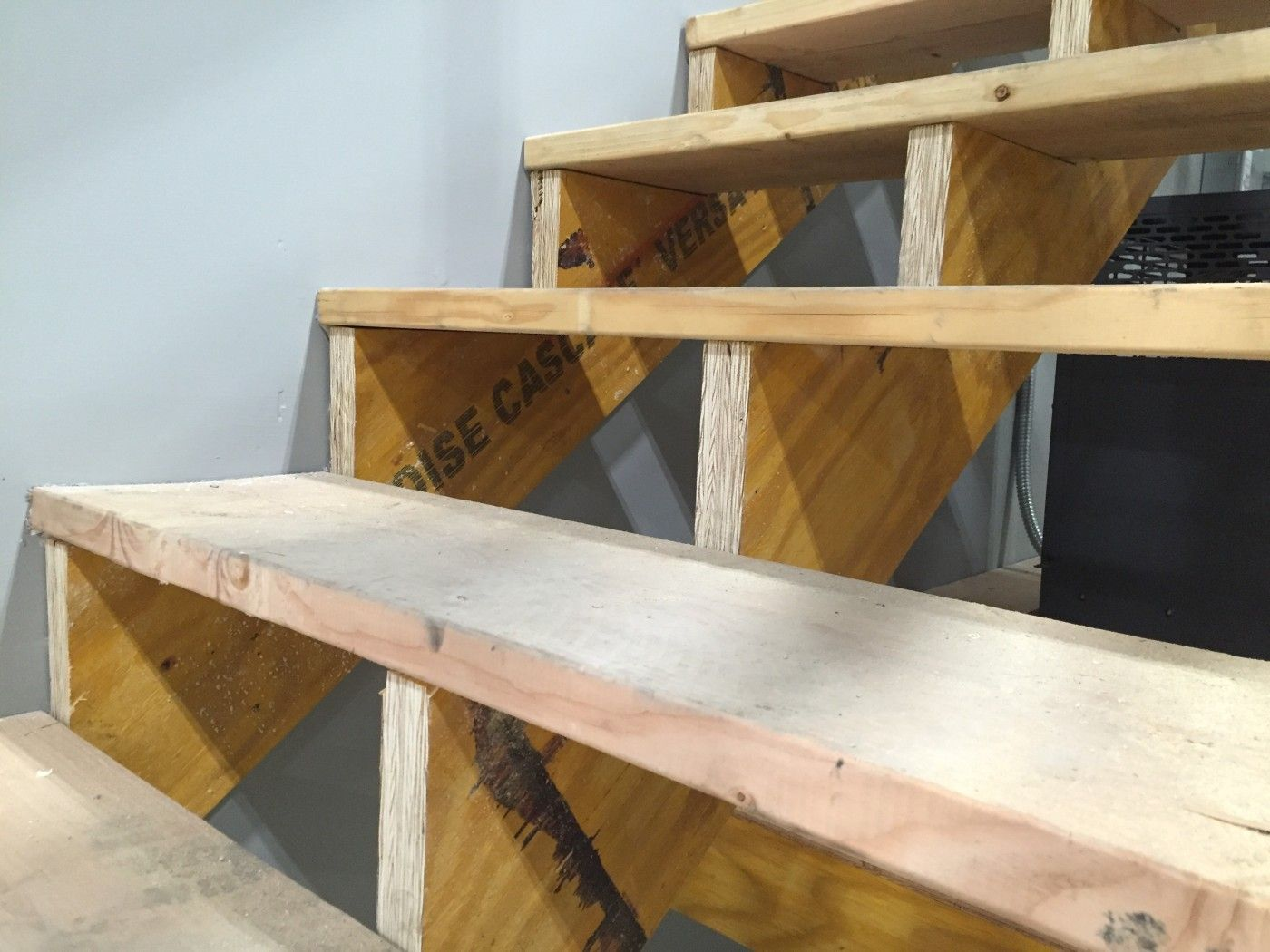 Best Boise Cascade Engineered Wood Lvl For Custom Made Stair 400 x 300