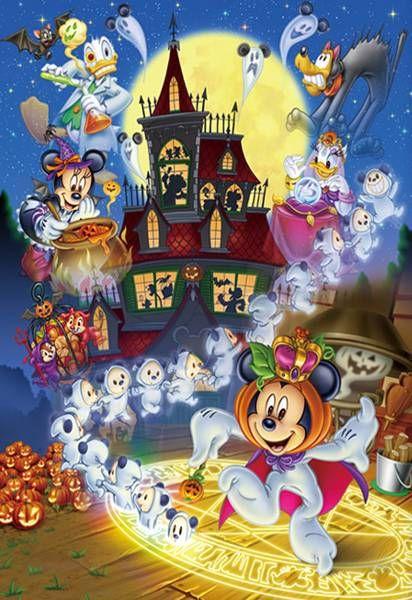 Pin By Sylvie Brassard On Disney Holiday Disney Friends Disney Art Disney Halloween