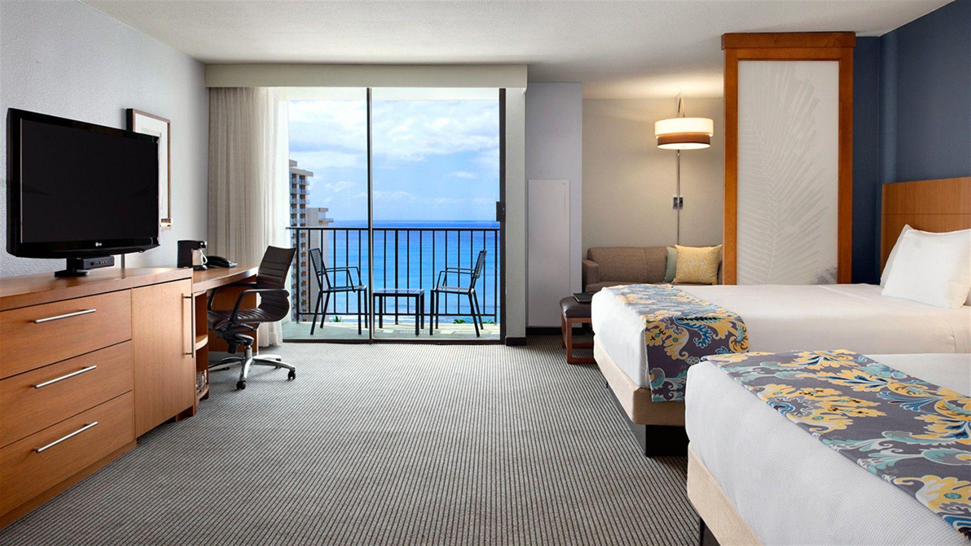 Waikiki Beach Lodging Honolulu Hotel Accommodations Beach Accommodation Honolulu Hotels Hotel