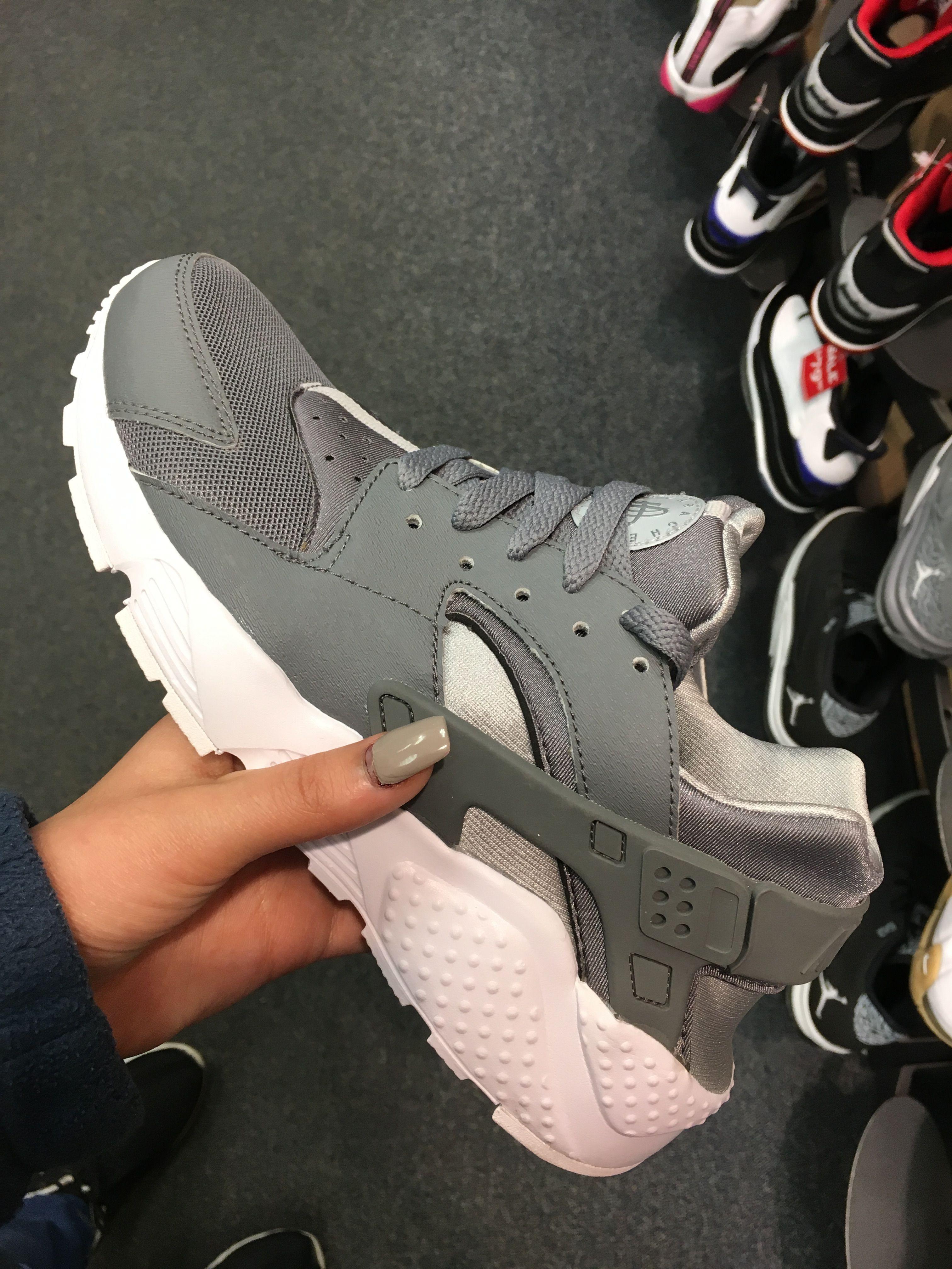Grey huaraches, Nike huarache
