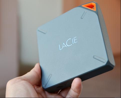 LaCie Fuel: HDD Eksternal Wi-Fi Sekaligus Router bagi iPhone & iPad | Ipad. Komputer. dan Wi fi