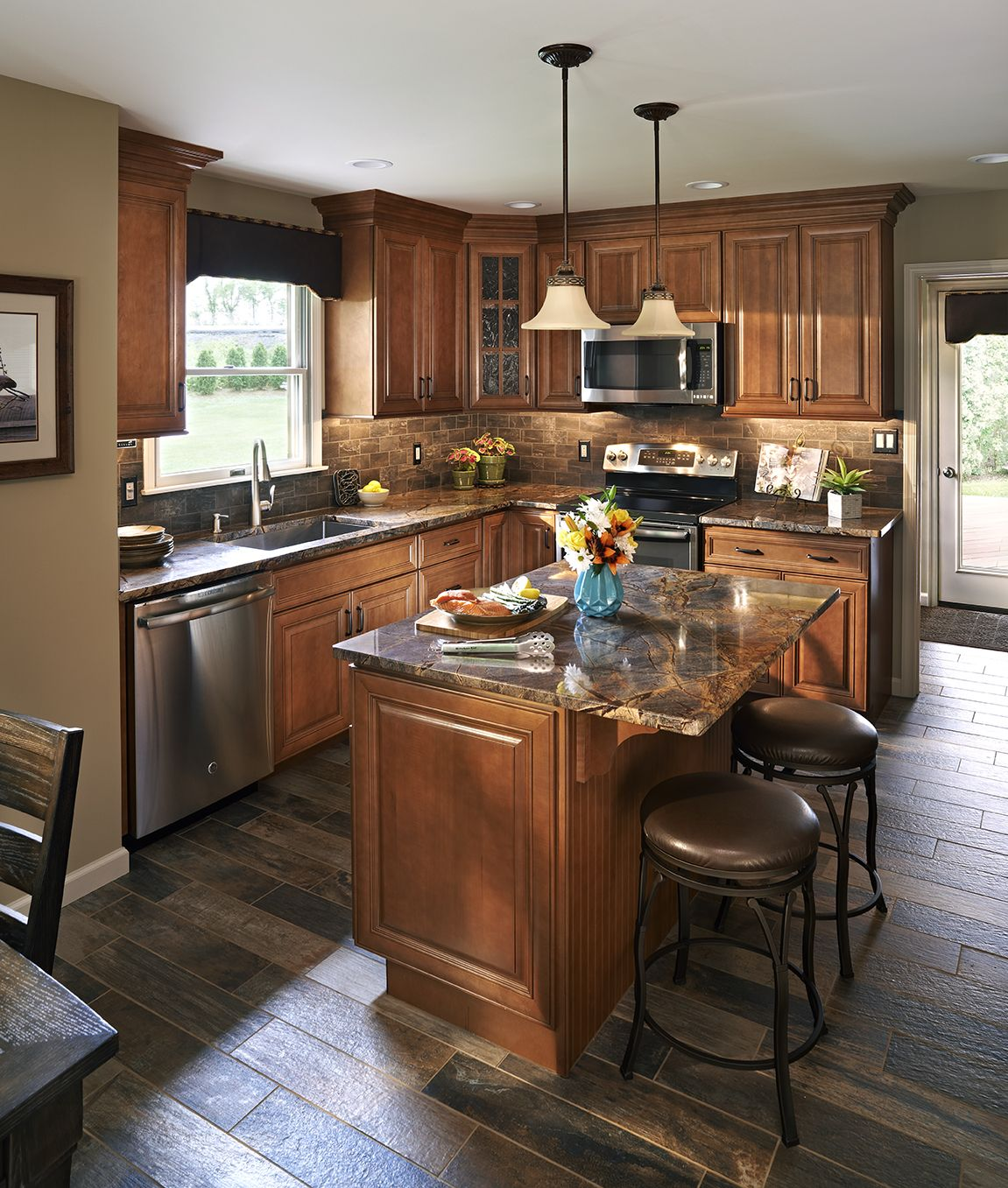 Traditional Kitchen Cabinets And An Inviting Kitchen