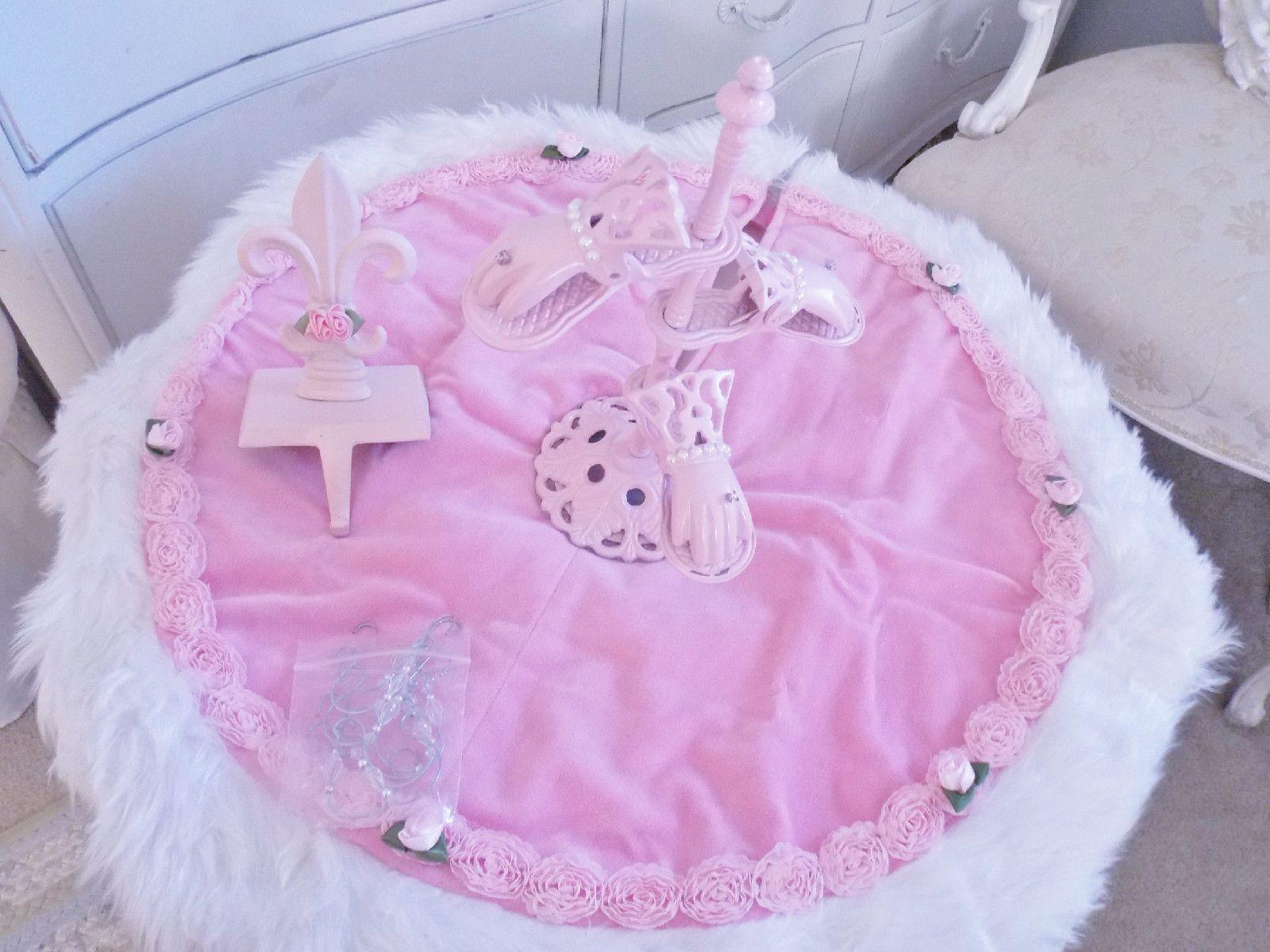 Yummy Pink Velvet Tree Skirt, Card and Stocking Holder