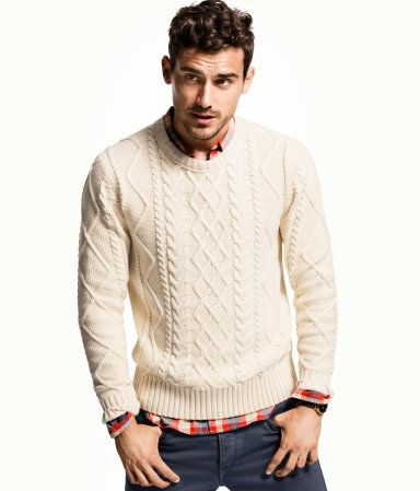 Cable-knit jumper in soft cotton with a round neck. | Men's ...