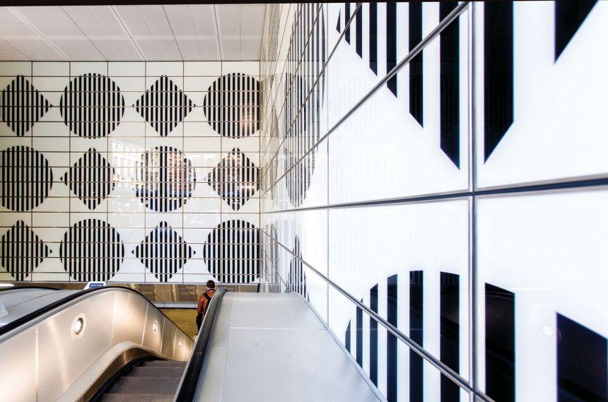 Daniel Buren S Artwork Of Shapes Colours And Trademark Stripes Launches At Tottenham Court Road Daniel Buren Buren Colours
