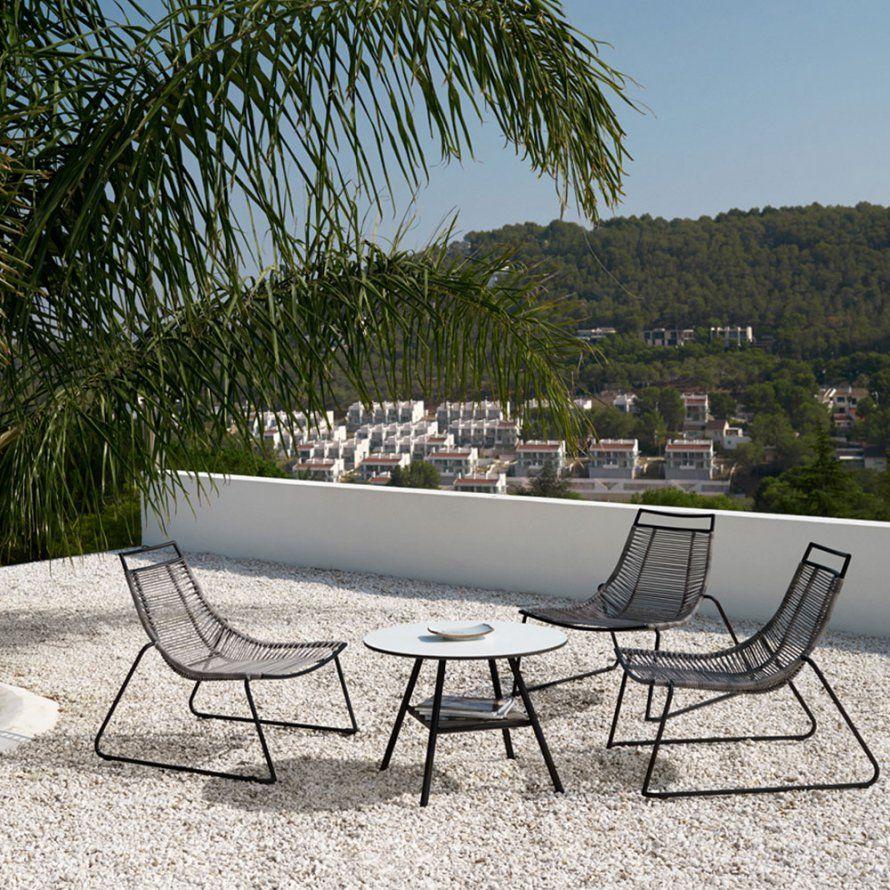 Un Ensemble De Jardin Lounge Style Scandinave Boconcept Marie  # Table De Jardin Marie Claire