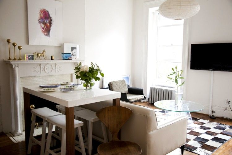 pippa from sous style's eat-in living room
