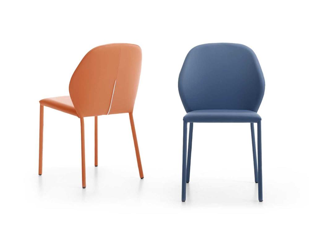 Chaise De Fabrication Italienne En Cuir Mince Iolanda Diotti Com Chaise Confortable Chaise Chaises Rembourrees