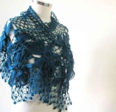 teal crochet flower shawl 400x386 100 Unique Crochet Shawls