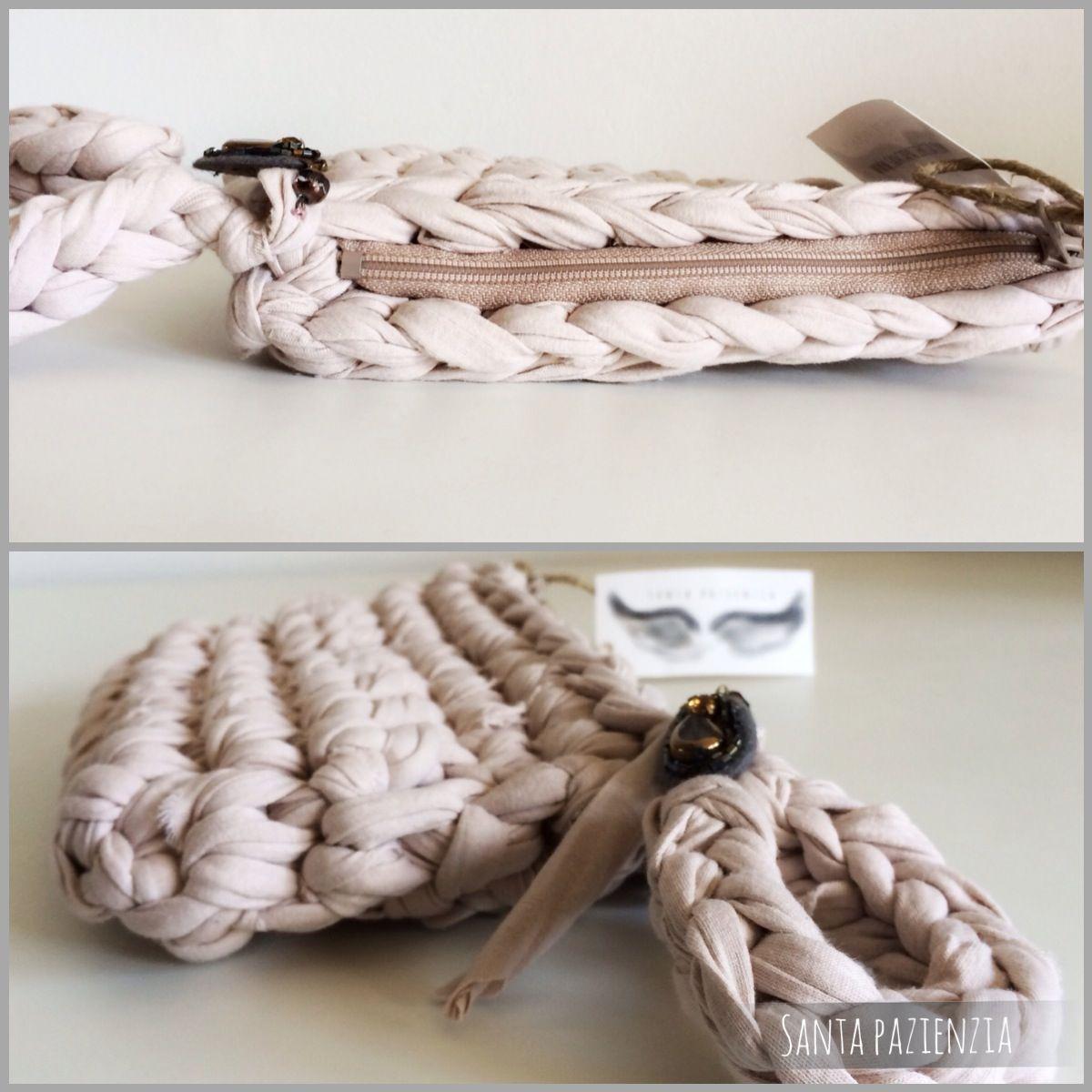 V deo tutorial c mo hacer un bolso de mano con pulsera - Como hacer trapillo ...