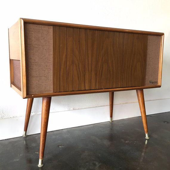 Mid Century Magnavox Stereo HiFi Turntable by RetroTherapyRehab