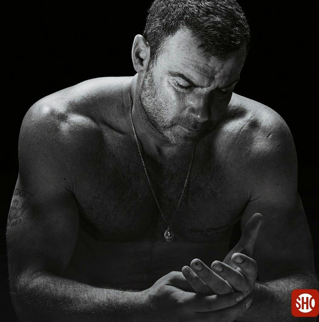 ray donovan fav celebs movies tv shows pinterest barbu. Black Bedroom Furniture Sets. Home Design Ideas