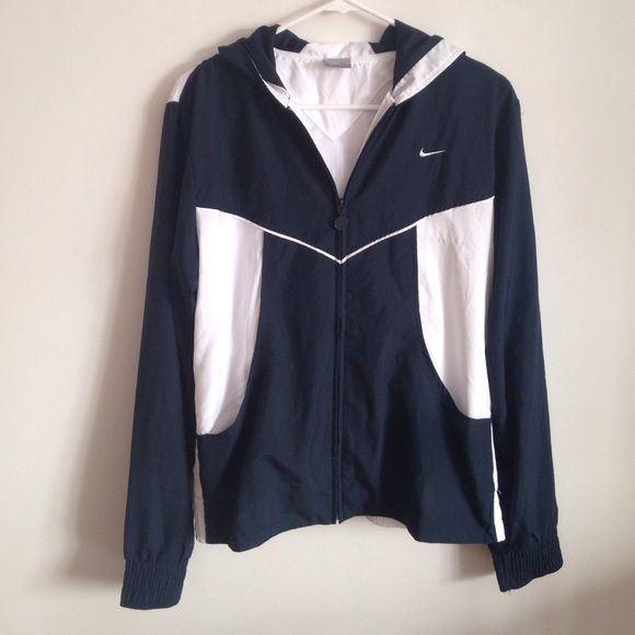 Vintage Nike Windbreaker Zip Up Hoodie Jacket A super cool vintage looking Nike  windbreaker. Dark navy blue and white colors. Excellent condition. 9285c8ca1
