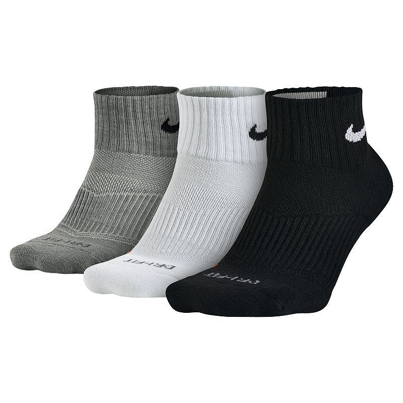 Men S Nike 3 Pack Dri Fit Half Cushioned Quarter Socks Nike Men Socks Nike