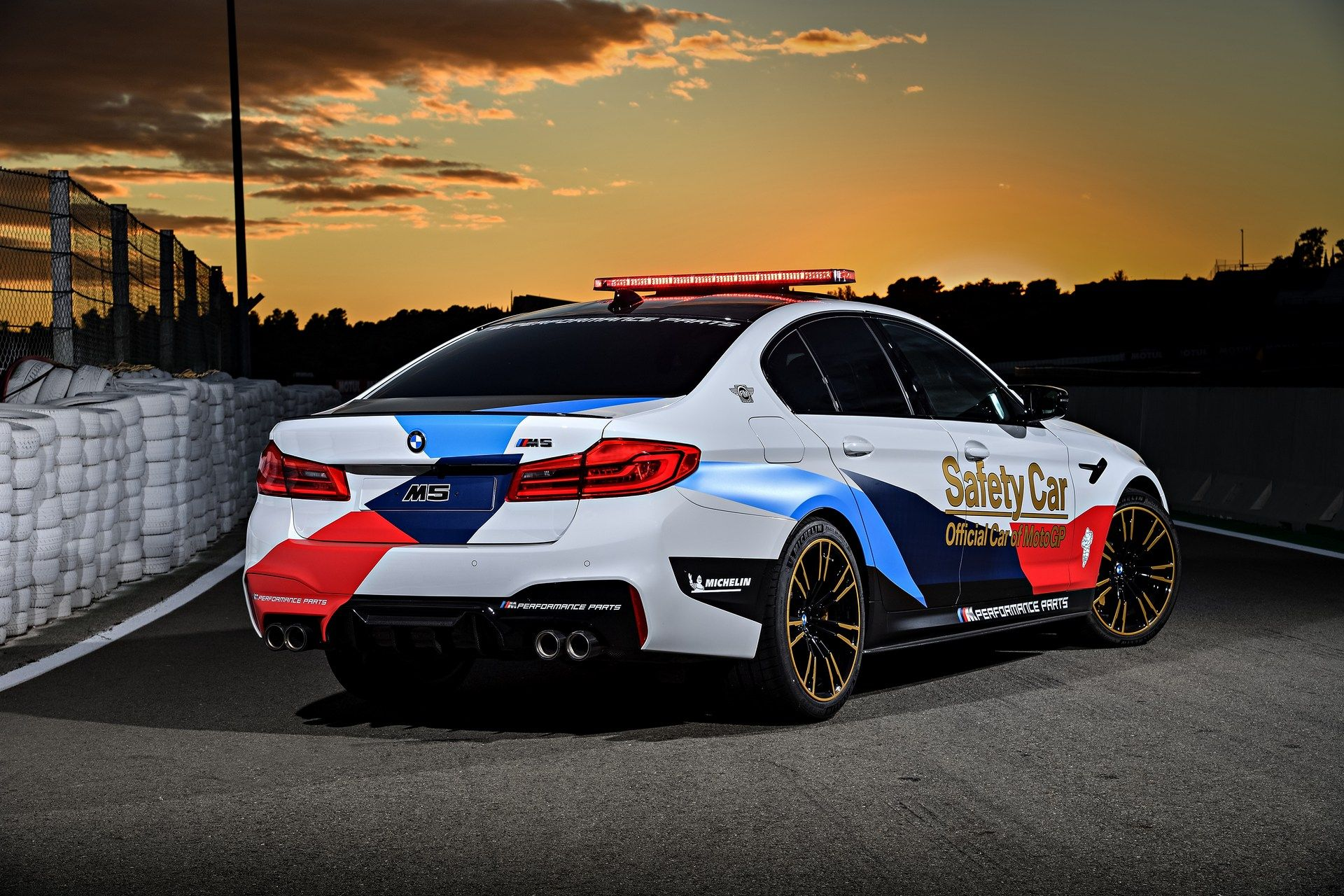 Bmw M5 Competition Confirmed For 2018 Latest Safety Car Hints At Production Model Carscoops Bmw Bmw M5 Competition M5 Competition
