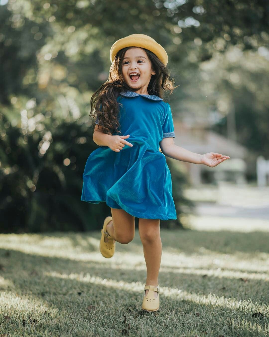 Pin By Ssesso Queen On Scout Cutie Pie Cute Small Girl Little Girl Photography Cute Baby Girl Images