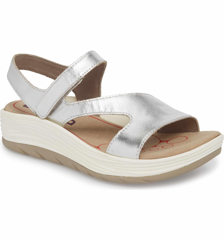 BIONICA Women's Cybele Platform Sandal kDvO4FV7i