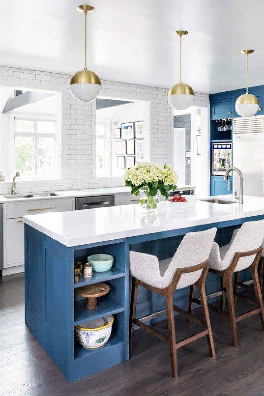 Large transitional eatin kitchen ideas Eatin kitchen