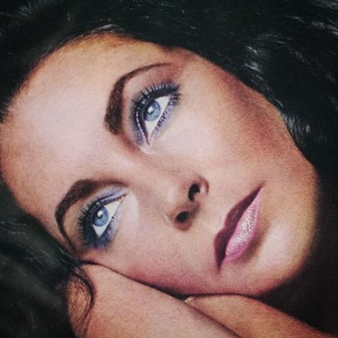 Elizabeth photographed by Richard Avedon, 1974. #elizabethtaylor #richardavedon #color #classic #70s #beauty #vintage #oldhollywood #love