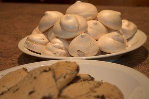 Chocolate Meringue Cookies Recipe: Light Chocolate Meringues