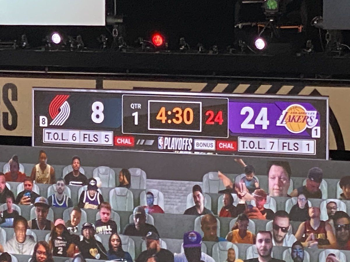 Look At Lakers Blazers Score In 2020 Lakers Football And Basketball Fantasy Sports