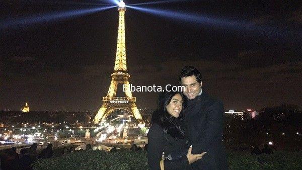 صور نرمين ماهر وزوجها يقضيان شهر العسل في باريس Eiffel Tower Landmarks Eiffel