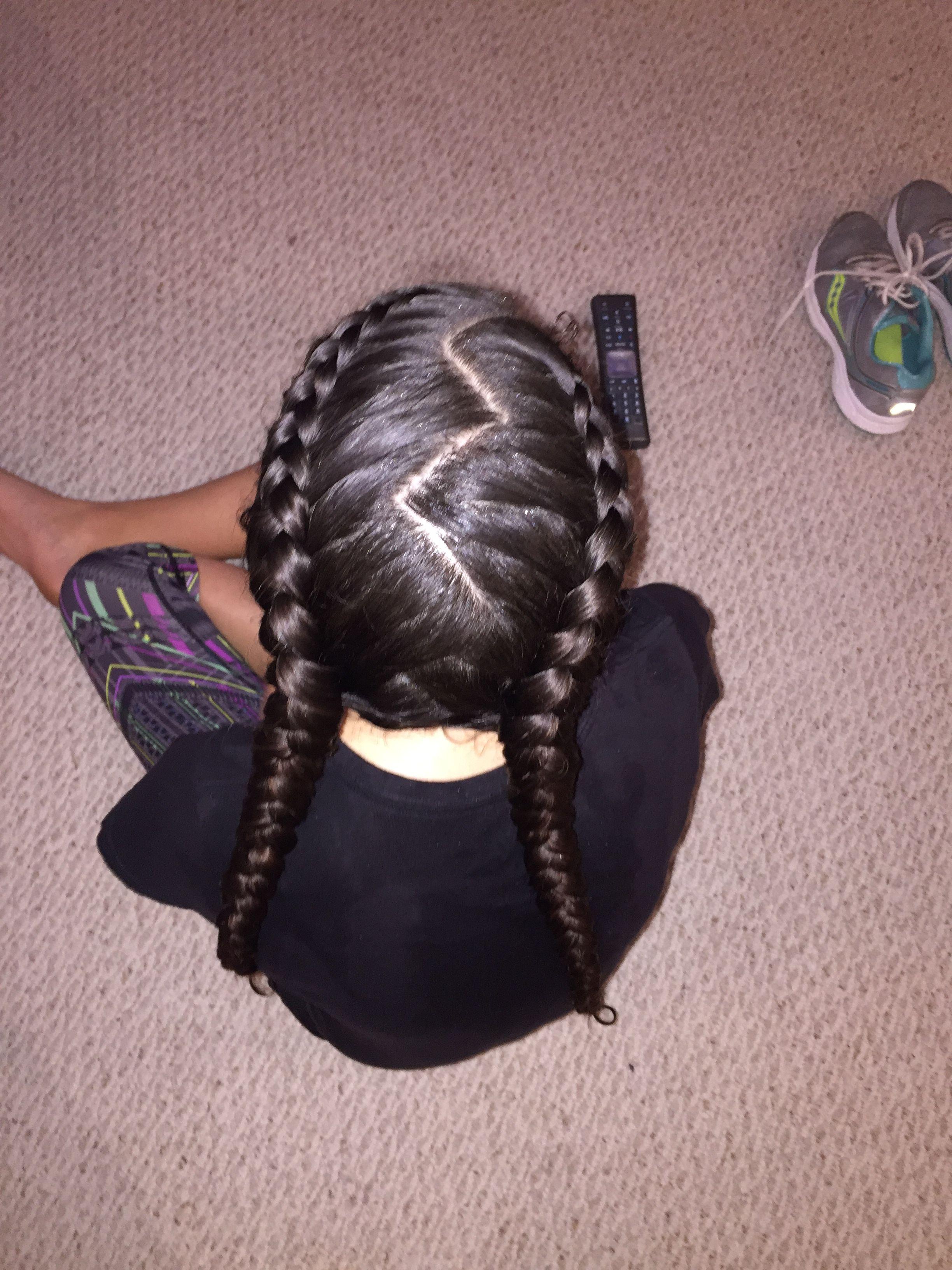 Zig zag part Dutch braids