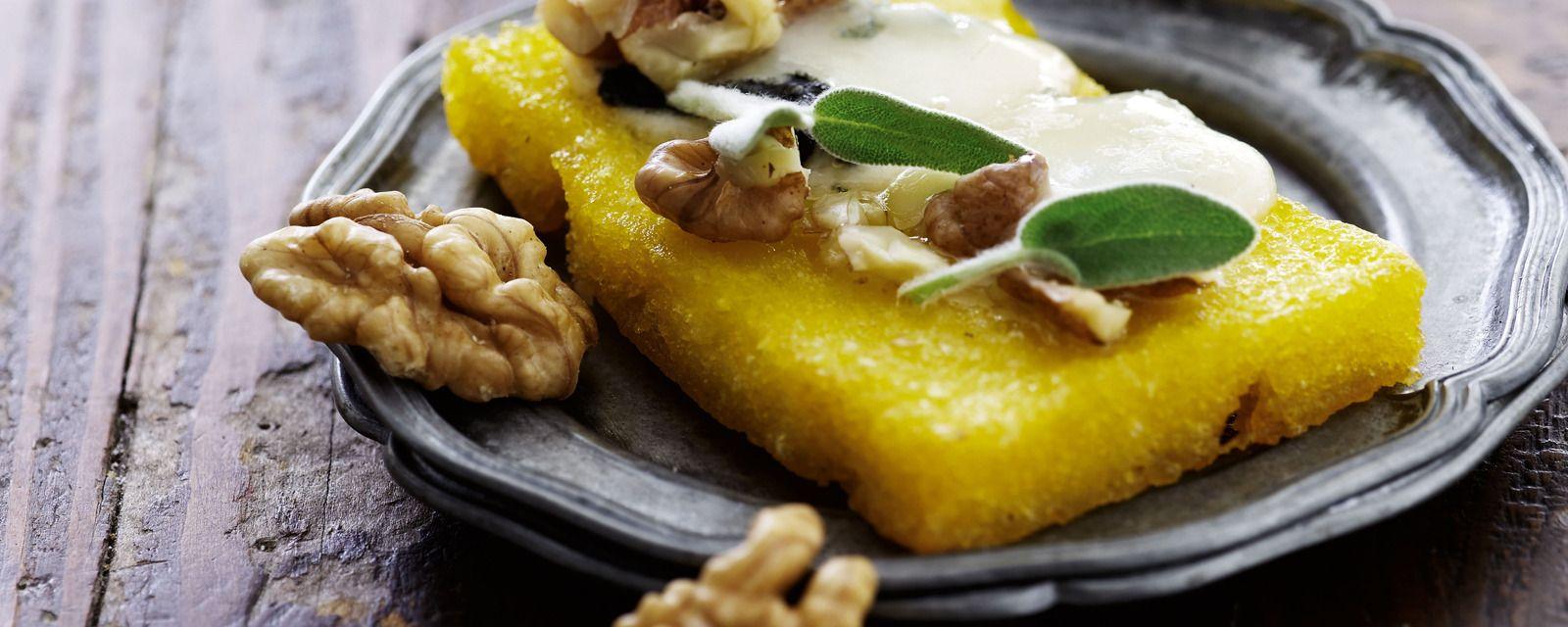 Ristet polenta med gorgonzola og valn+©dder_1600x640px