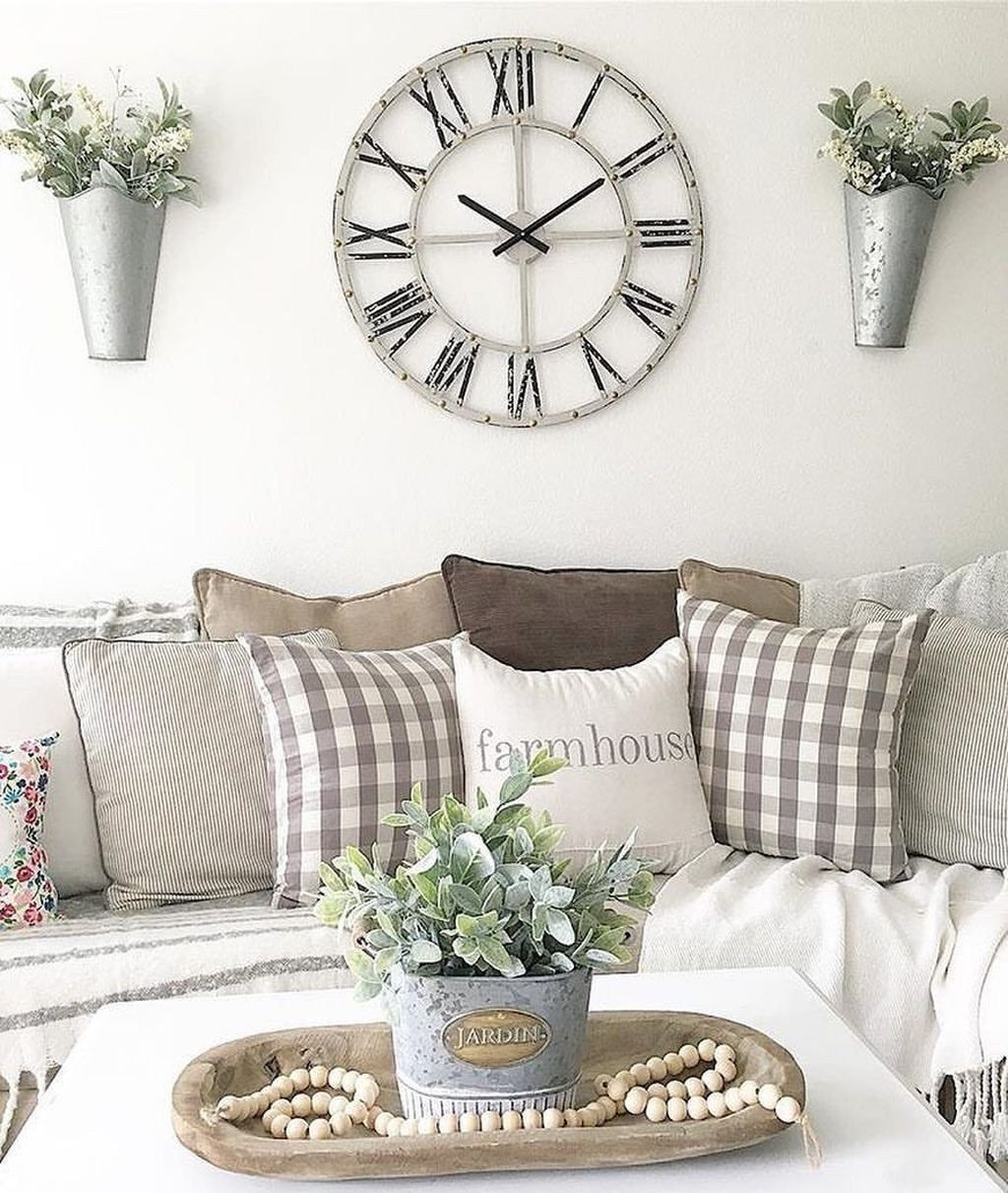 40 Unique Wall Decor Ideas With Clocks In 2020 Living Decor Kirkland Home Decor Home Decor