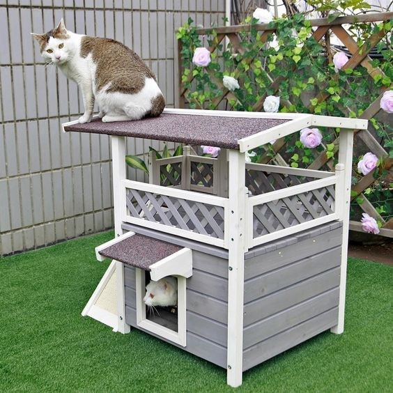 15 Gorgeous Cat House Ideas All Made Of Wood Wooden Cat House Outdoor Cat Shelter Outdoor Cat House