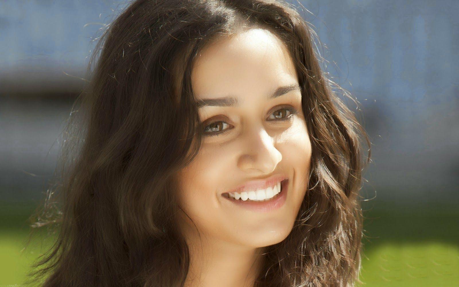 Most Beautiful Cute Indian Actress Shraddha Kapoor #livedaycinema ...