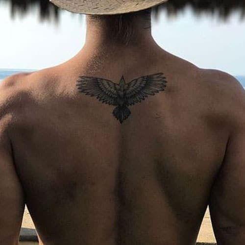 Rücken männer kleine tattoos Kleine Rückentattoos