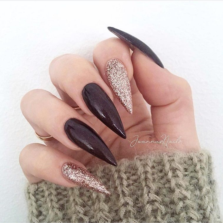 Beautiful nail art design to try this season