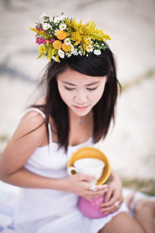 yellow headdress by mibellarosa designs. photo by ikigai photography.