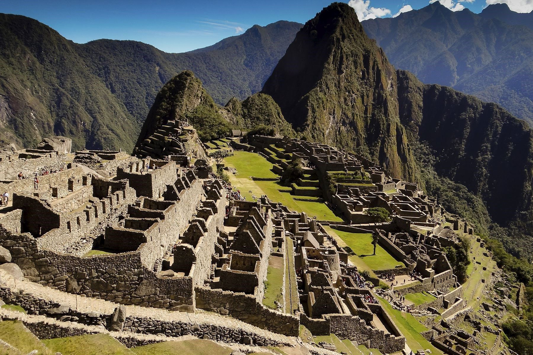 Weird Facts About The Worlds Most Famous LandmarksMachu Picchu - 10 little known cool facts about machu picchu
