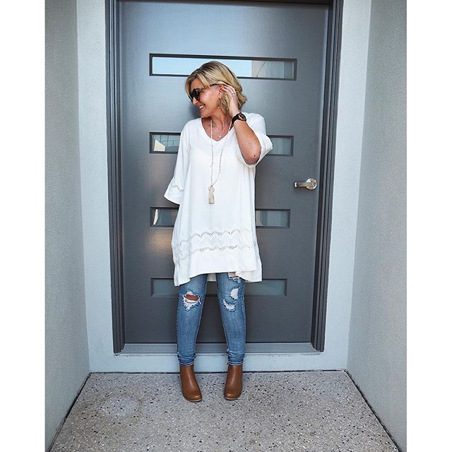 Winter white long tunic, tassel, distressed denim topped off with a hit of camel. Day made. Zig Zag Tunic in Cream (dire...