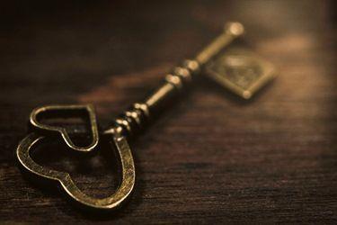 Vintage Love Key Golden Lock Object Metallic Design Valentines Steel White Closeup Celebration Security Te Vintage Love Vintage Styled Stock Photos