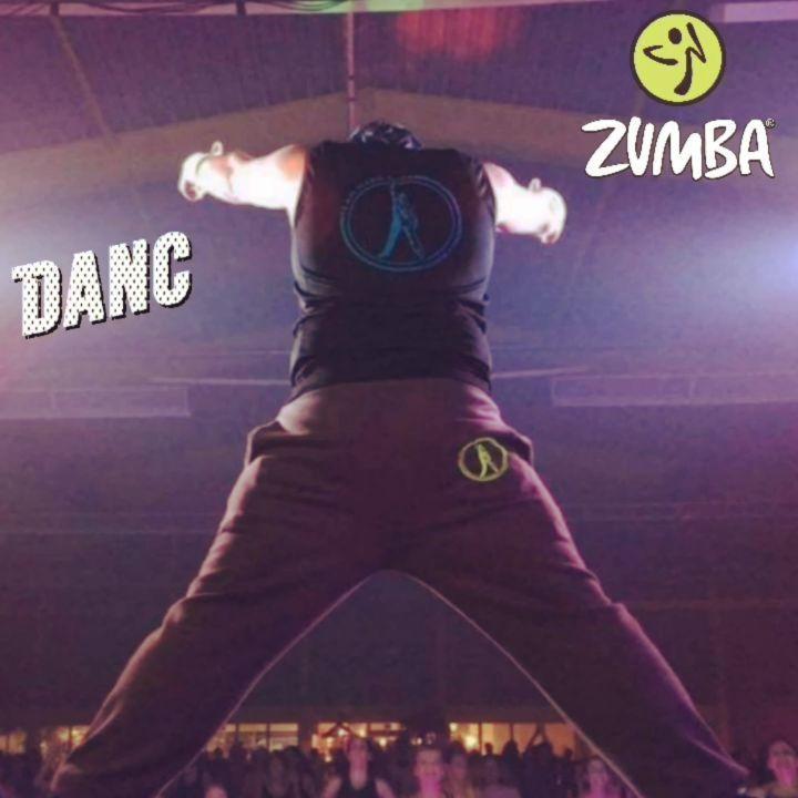 #Zumba #Fitness 💃🕺 👉  Heute um 11 Uhr 👇 Im Ultimate fit Riedingerstr.26b 86153 Augsburg 👇 Ohne Voran...