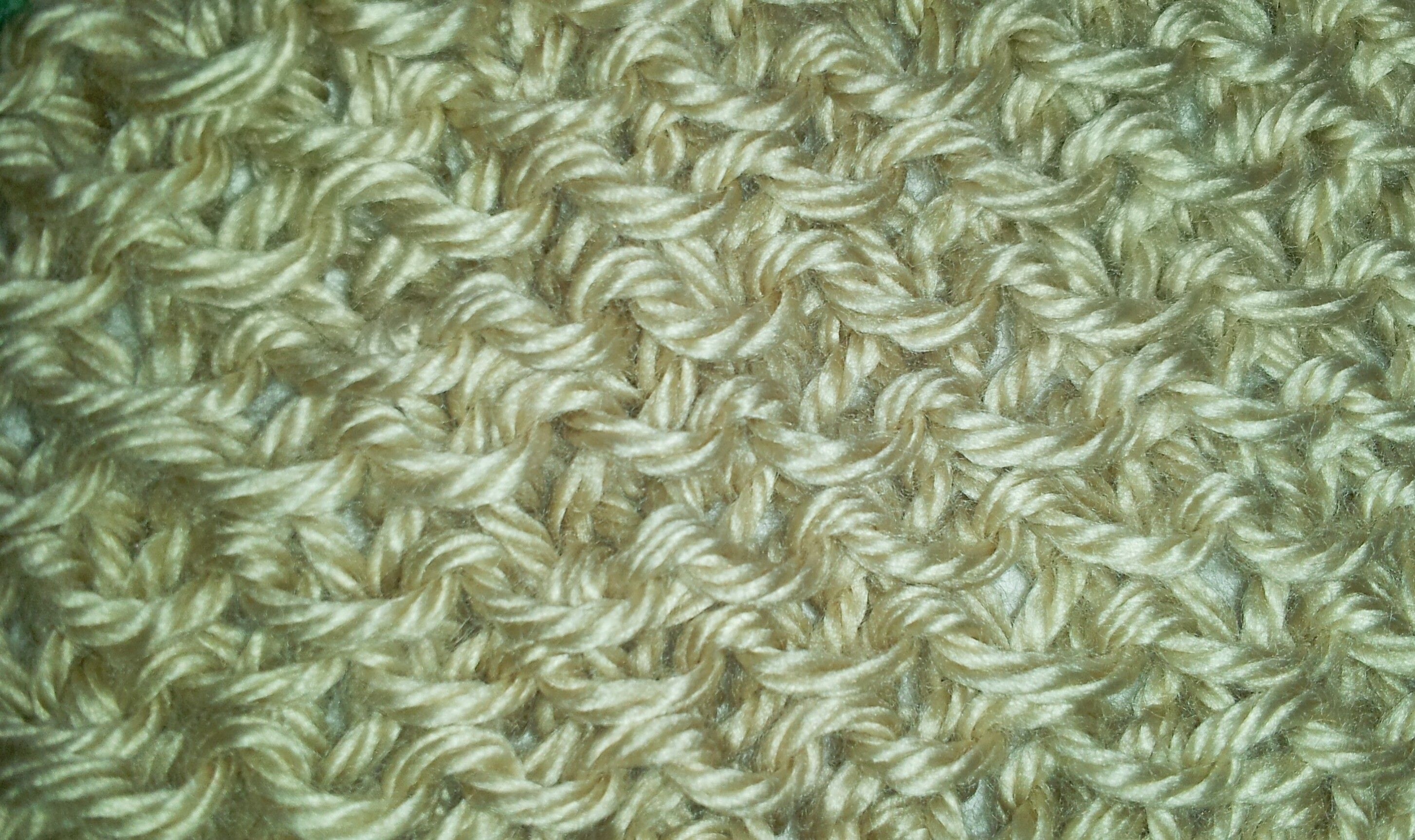 Free Pattern, learn how to Knit the Stamen Stitch at http://www.learnhowtokni...