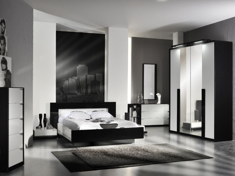Black and white bedroom furniture sets black and white for Black white and grey room decor